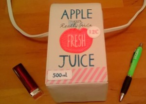 Accessorize apple juice carton bag dimensions