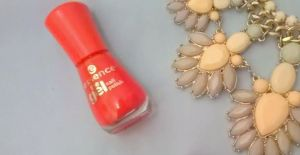 essence cheap nail polishg review