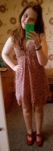 taupe dress new look, 1940s style patent red shoe